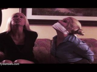 Whitney Morgan Amanda Foxx Bait and Capture