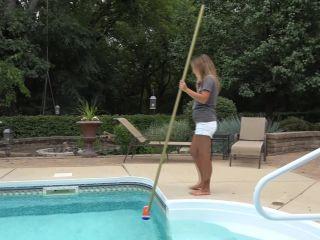 Nikki Sims - Pool Cleaner