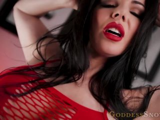 Goddess_Alexandra_Snow_-_Eat_It_From_My_Palm