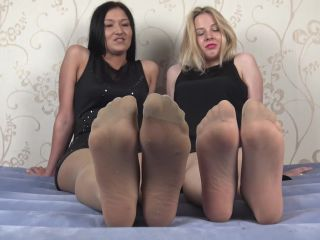 Pantyhose feet – jerk off instruction in nylon