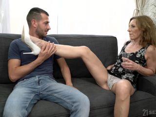 Lusty Grandmas - Viol on brunette heavy rubber fetish