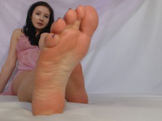 Toes – Natalie Darling – Can You Do What You Did Last Night?