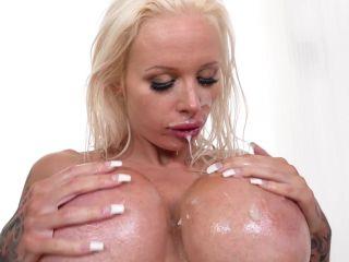 2018 12 13 Sophie Anderson - Big Titty Cumshot