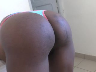 Ebony shaved sy doggystyle and creampie