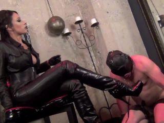 sadoladies  personal slave  foot domination