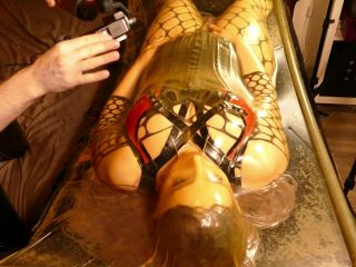 Maskerade Female Silicone Mask in Rubber Enclosed in Latex Vabed
