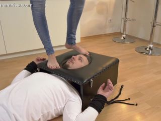 Online Fetish video Foot worship – Madame Marissa – Slave's face trapped and Tormented in the box