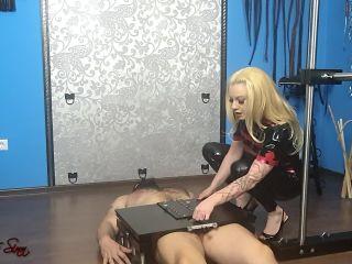 House of Sinn - Mistress Lilse - A personal play with Mistress Lilse von Hitte*