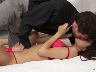 Veronica Rodriguez, James Deen - Burning Desire