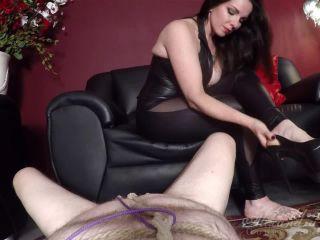 Goddess Alexandra Snow - Tied Orgasm!!!