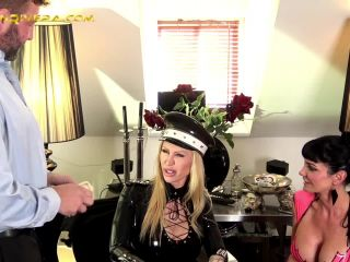 Carmen Rivera  Penetrated by Queen Jennifer Carter and Carmen Rivera [Anal Stratching, Anal, Anus, Ass, Dual Domination, Double Domination, k2s.cc]