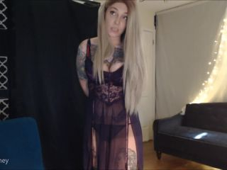 Online tube Amalia Money - Reassurance - Mesmerize