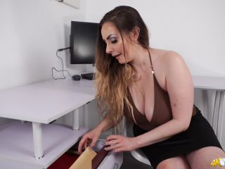 DownBlouse Jerk – Blow off some steam – Female Domination, Braless on brunette anal big ass brunette
