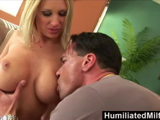milf devon lee loves thick young cocks!