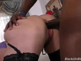Flash Brown Slays White Pussy 2017