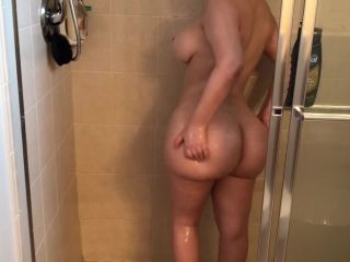 Crystal Lust - Sexy PAWG Takes Shower and Twerks on Dick¡ (crystal Lust)