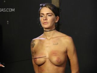 bondage - graias the competition – roxana vs. fatima part 1