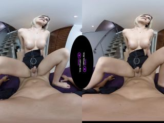 Virtualrealtrans presents Barbara Perez Late At Work