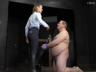 femdom phone sex , face slapping on femdom porn