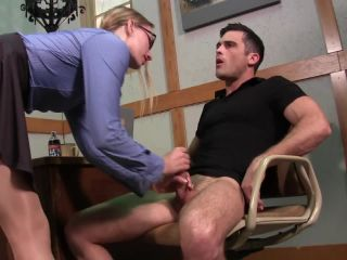 Sweetfemdom - Lance Hart, Riley Reyes - Sales Motivation With Riley Reyes!!!
