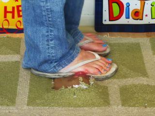 Sl under foot!