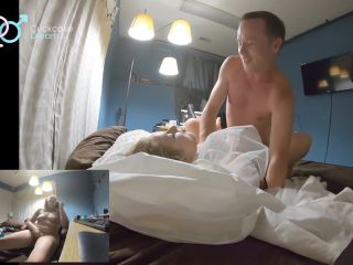 cuckcakedream - WIFE MASTERBATES TO VIDEO OF HUSBAND FUCKING SLUT IN W ...
