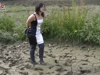 8400 - Nerea Tied In Thigh Boots