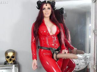 Porn tube KimberleyJx – Devil wears a Strap On Futa Pegging