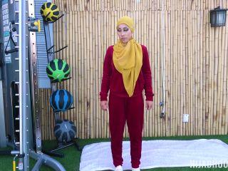 Hijab Hookup – Kira Perez