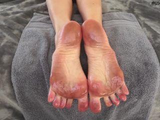 Video online Stella Liberty - Dirty Oily Soles | femdom pov | femdom porn