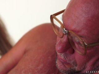 Wake up, old man Tina Blade, 20 08 2013