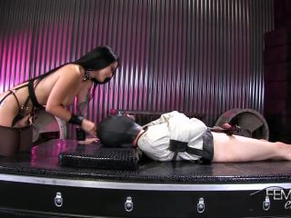 Ass Smother – VICIOUS FEMDOM EMPIRE – Blue-Balled & Busted Wimp Starring Mistress Katrina Jade