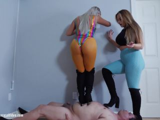 Ava And Nika - Trample Fat Slave [UltraHD/4K 2160P] - Screenshot 4