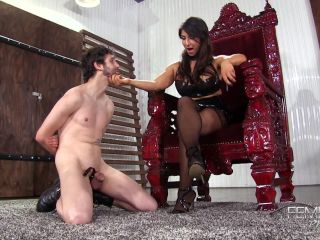Face Sitting – VICIOUS FEMDOM EMPIRE – Shockingly Cruel Smother – Mistress Raven