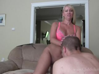 Clubstiletto – Mistress Kandy – Fight For My Farts Boys