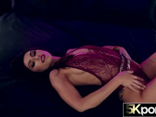 gianna gem receives multiple creampies in 5k action