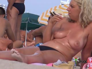 Candid Beach Thick Ass And Tits