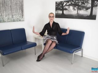 BoppingBabes – Ariel Anderssen – Naked Applicant