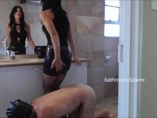 Human Furniture – Young Goddess Kim – Bathroom Bizarre