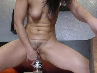 Online Fetish video Glass bottle in ass – BIack Angel