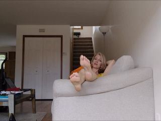 Wrinkled soles – Mo Rina – barefoot soles