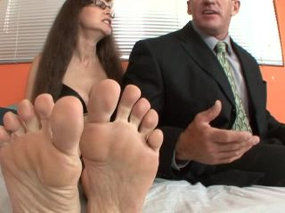 Cougar Paws | straight sex | feet porn small dick femdom
