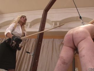 Bloned – ClubDom – Evita Pozzi Caning the Slave