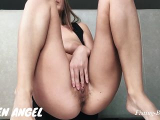 Online Fetish video HOT OILED HAIRY PUSSY GETS FISTING-GAPE – Honey Anastazzzi