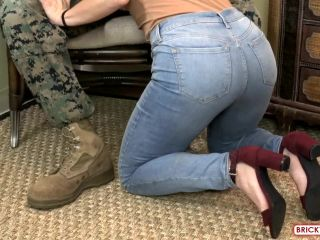Devin (Girl shows her support for Marines)