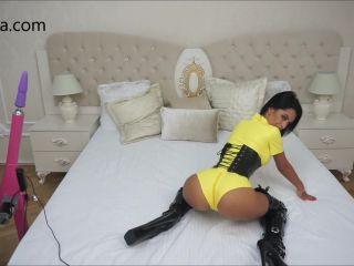 Anisyia Livejasmin fucking machines yellow latex suit fetish