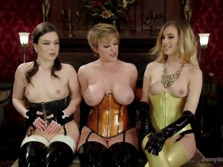 Beautiful Lyra Louvel puts her hand and feet in in submissives - Kink  March 15, 2016