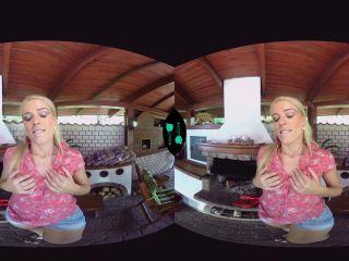 VR 093 - Sweet Cat (Oculus/Go)