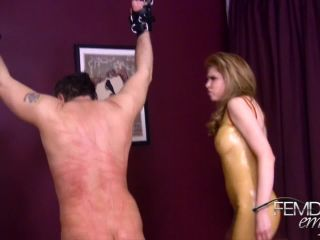 Femdom Empire – Candle Boxx – Whipping Slave