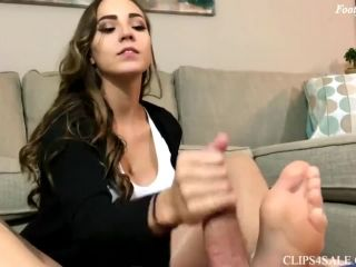 Sasha footjob green toes nylon